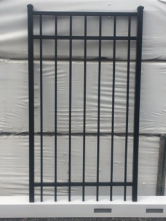 5 ft tall x 3 ft wide Aluminum Gate