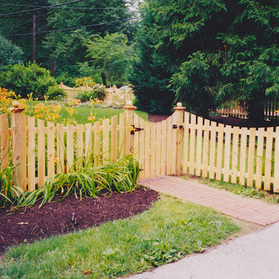 Fence City 48 Quot Scalloped Red Cedar Spaced Picket